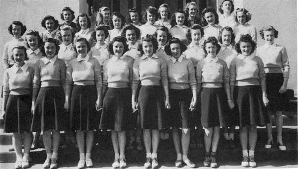 1941 Club Girls