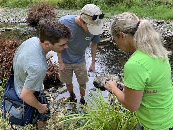 Students receive hands-on training from the Clackamas River Basin Council.